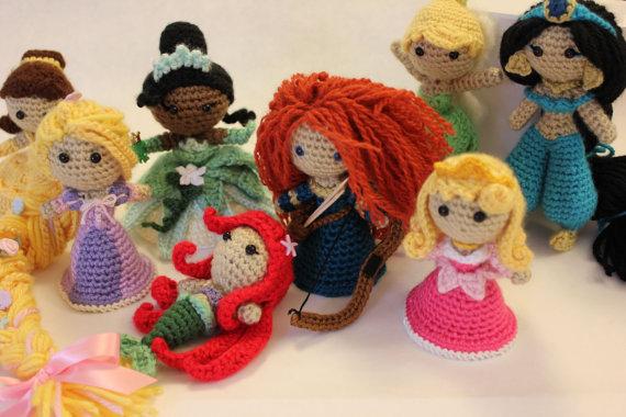 Amigurumi Princesas Disney : Flor de Croche Enrolada Aulas de Artesanato, Dicas e Ideias.