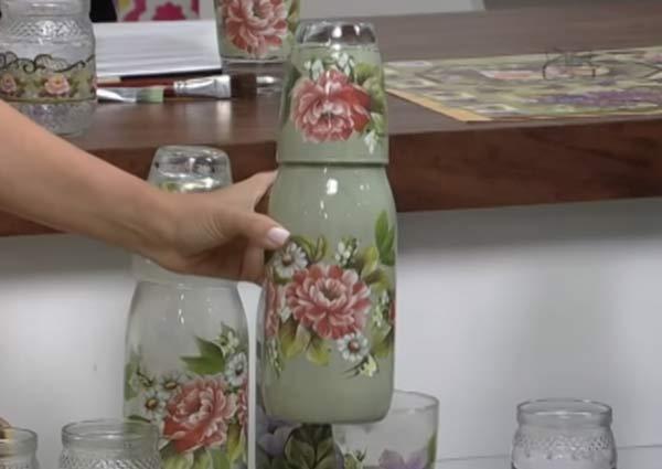 Aparador Barba Worten ~ Découpage e vitrificaç u00e3o em Vidros Reciclados Artesanato na Rede