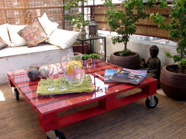 Mesa feita com pallets artesanato na rede - Arredamento esterno con bancali ...