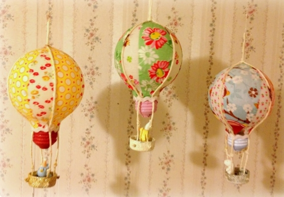 decoracao em lampadas:Mobile balão em feltro – Artesanato na Rede