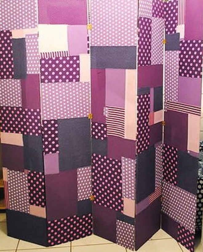 Biombo feito de papelão e papel adesivo - Inspiração 5