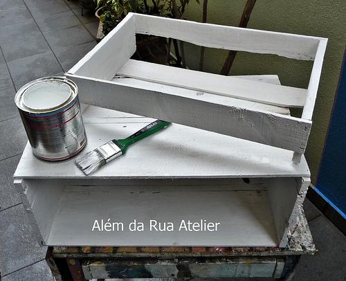 Aprenda como reaproveitar caixotes com pátina - 003