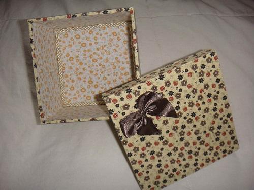 caixa forrada com tecido