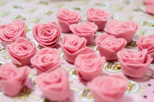 simples e linda Rosa de feltro-5