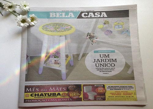 Abajur e Capa de Celular com desenhos do Jardim Secreto - Capa Jornal EXTRA