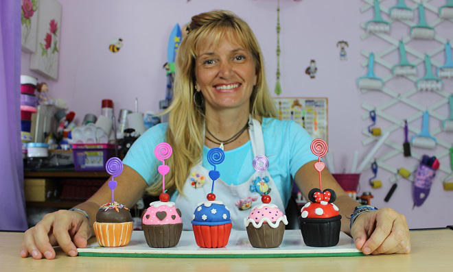 Lembrancinhas para festa: Aprenda como fazer Cupcakes de Biscuit -marcia-nunes