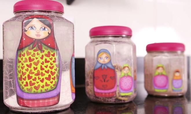 Découpage e craquelê: Decoração em potes de vidro