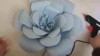 rosa-de-papel-gigante-azul