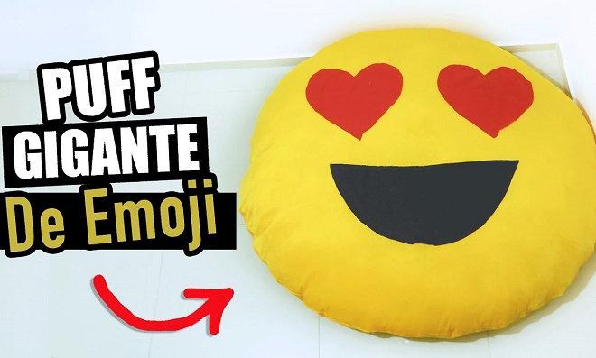 Puff para sala de estar em forma de emoji