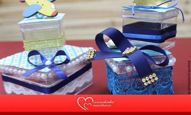 Aprenda como fazer uma caixinha de doce para festa de menino - Imagem detalhada